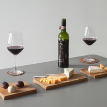Load image into Gallery viewer, modern nordic design serving boards in minimal design by Minumo