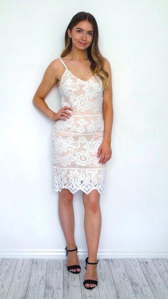 Women's Large Flower White Lace Dress | Online Clothing Boutique