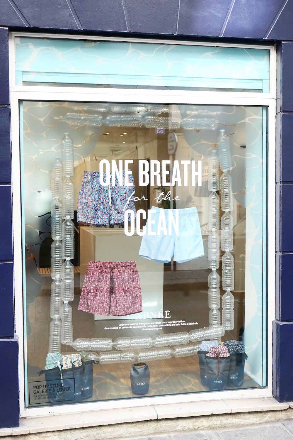 <br><br><br>POP-UP STORE