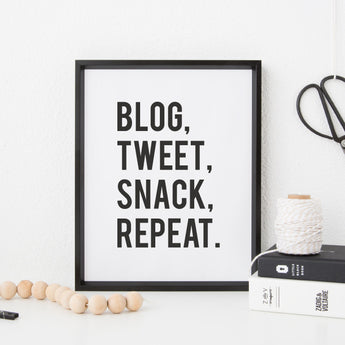 Blog, Tweet, Snack, Repeat. A5