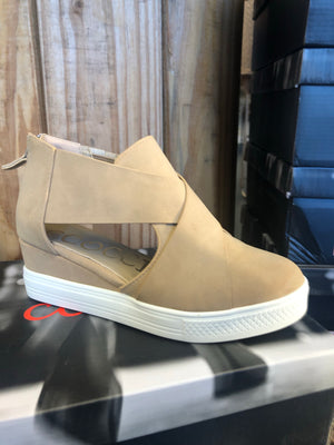 Jamie Wedge Shoe