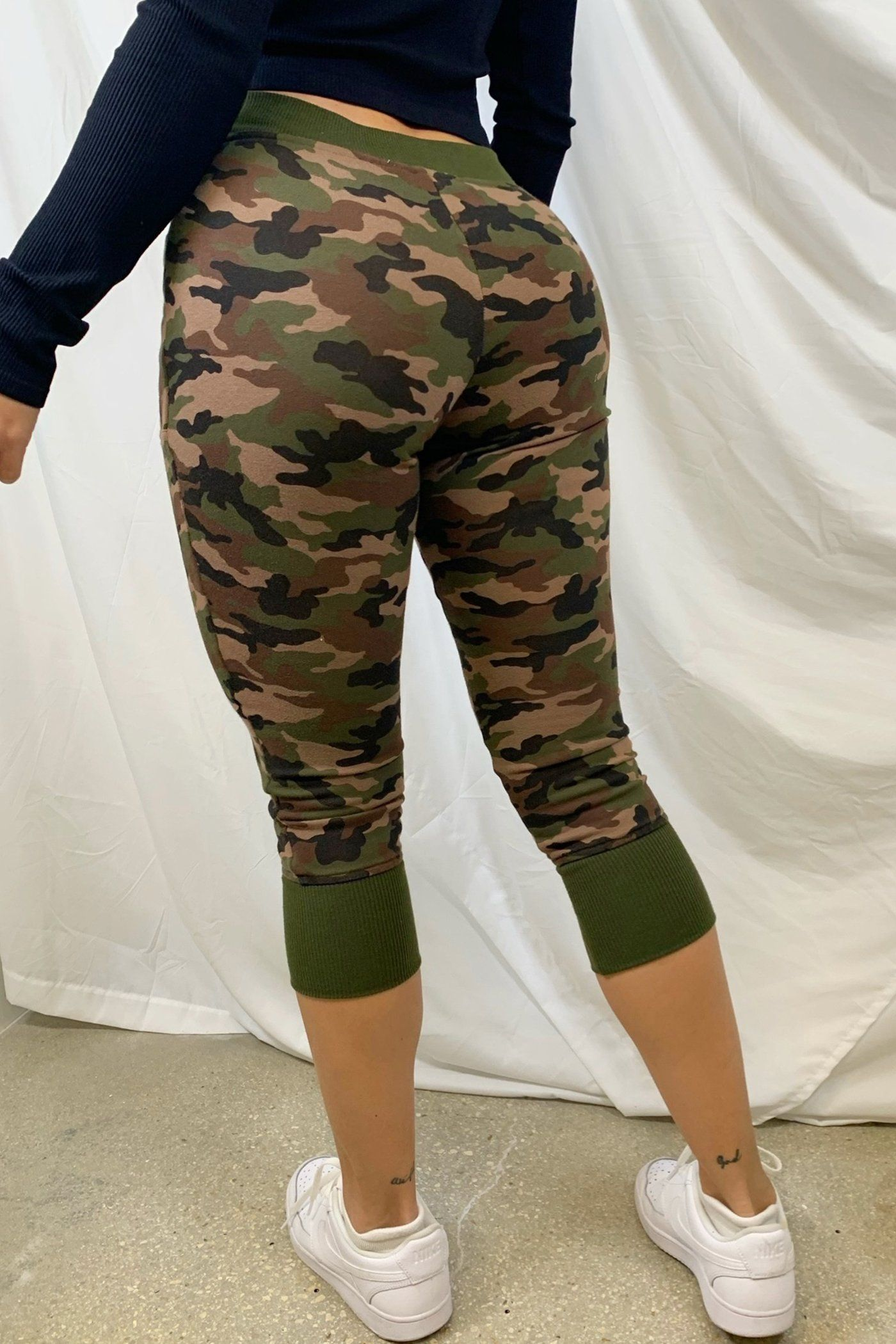 RILEY JOGGERS-CAMOUFLAGE Lotus Couture Miami