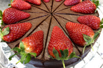 Chocolate and Strawberry Cake - vegan - Nora and Nama