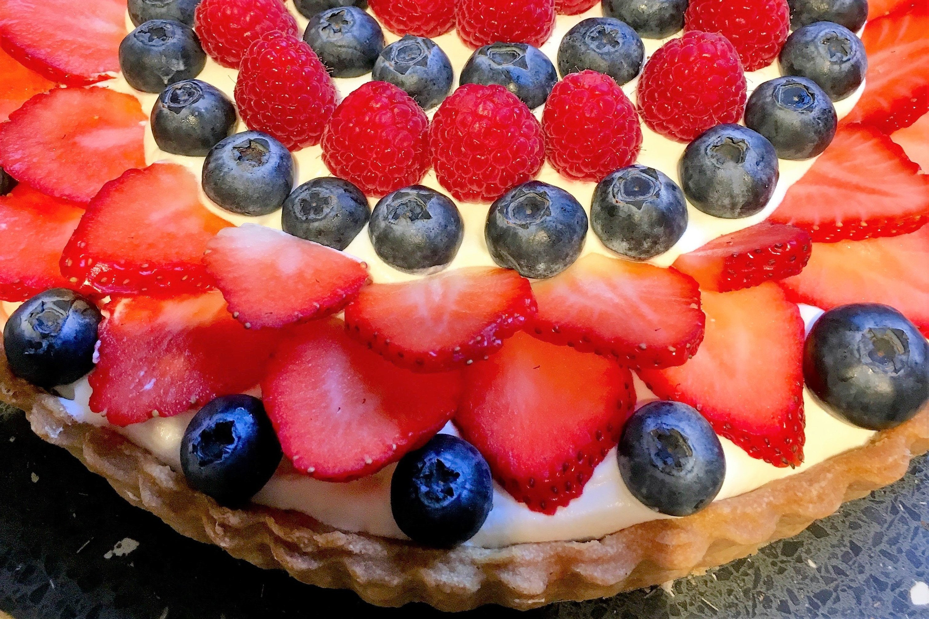 Fruit Sensation Pie - vegan - Nora and Nama