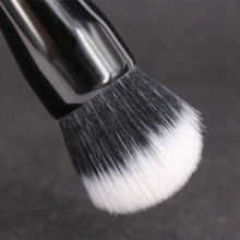 Duo Fibre Versatile Makeup Blusher Brush