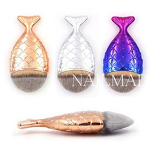 Professional Mermaid Style Fish Scale Makeup Brush