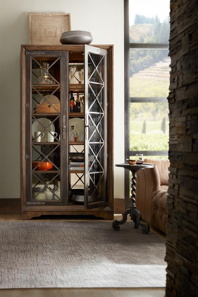 The Hooker Furniture Hill Country Classic 5960 75906 MULT Dining Room Buffet Is Available