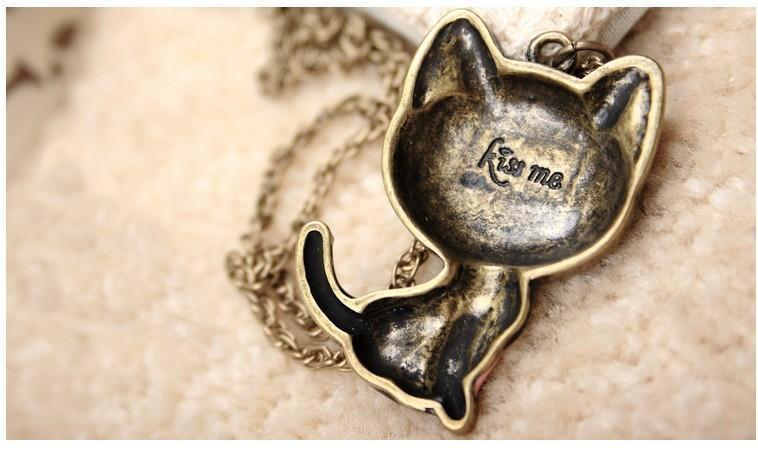 Lovely Black Cat Pendant Necklace for Women