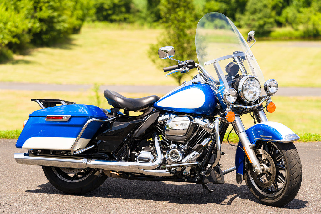 "2018 Harley-Davidson Police Road King FLHP FLHRP Only 13,659 Miles!! 107""/6-Speed"