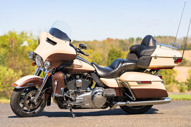 "2014 Harley-Davidson Ultra Classic Limited FLHTK 103""/6-Speed Only 26,730 Miles - $14,595"