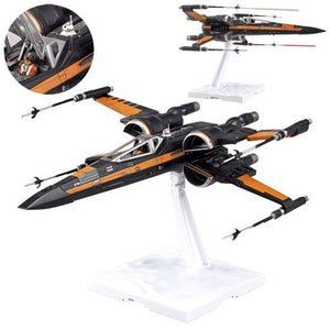 Star Wars Episode VII: The Force Awakens Poe's X-Wing 1:72 Model Kit - Official Unisex :: Mental XS Online
