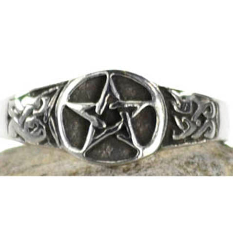 Pentacle Pewter Ring