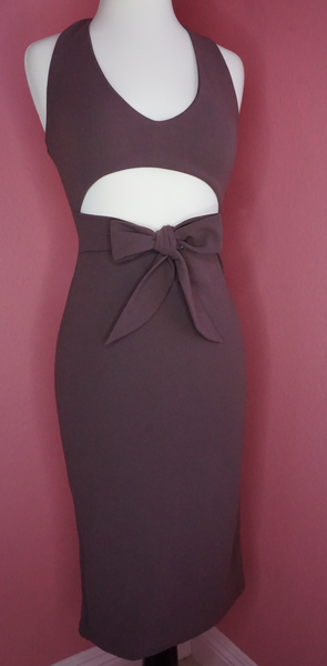 Royal Violet Dress If you are looking for a dress for a special night out, then you can't go wrong with this violet dress. Designed in a way that allows the soft material to wrap around your body easily,