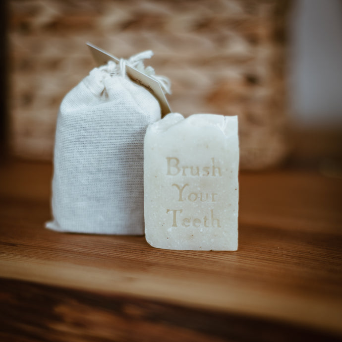 TEETH SOAP BAR - MYRRH & PEPPERMINT
