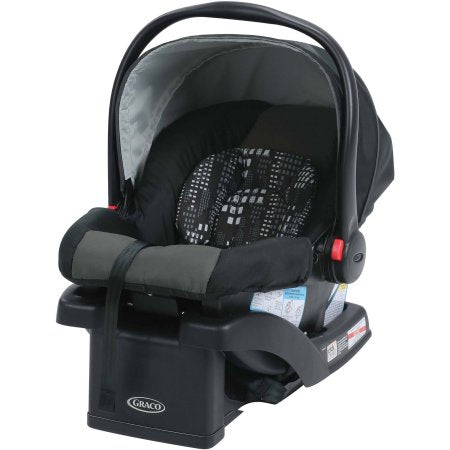 Baby car seat with base. clean and sanitized. Maui baby rentals