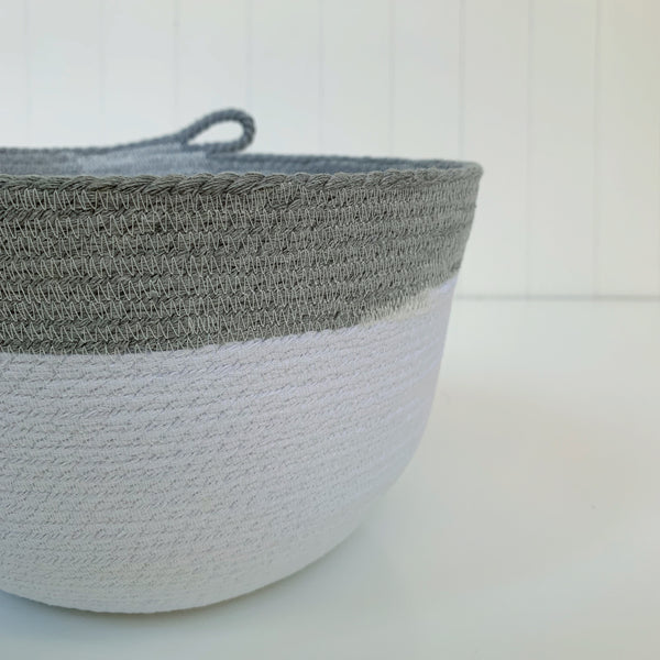 Two toned white/grey rope bowl