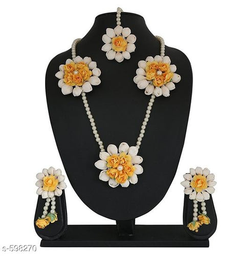Trendy Jewellery Set