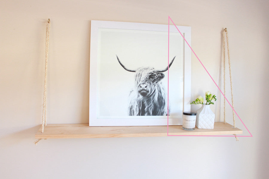 Visual triangle to style a shelf