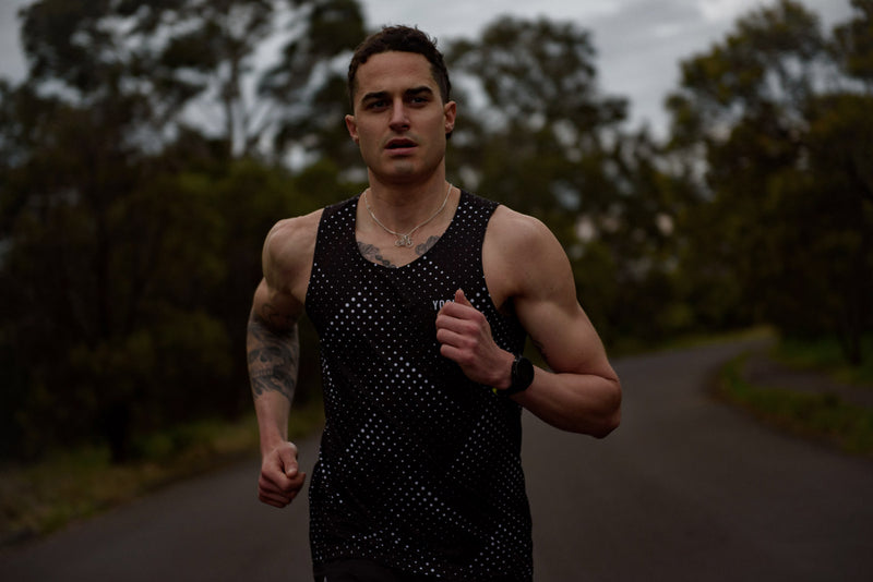Spirit Male Run Singlet / Black