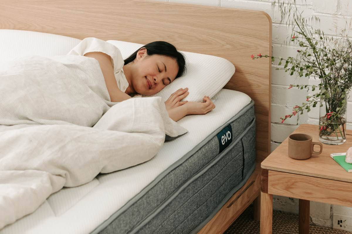 woman sleeping on eva mattress