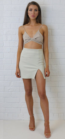 Mini Slit Skirt Cream