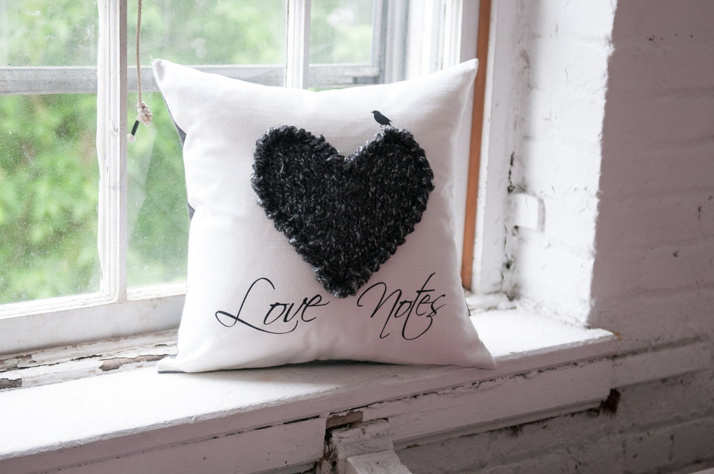 "Coussin / Pillow ""Love Note"""