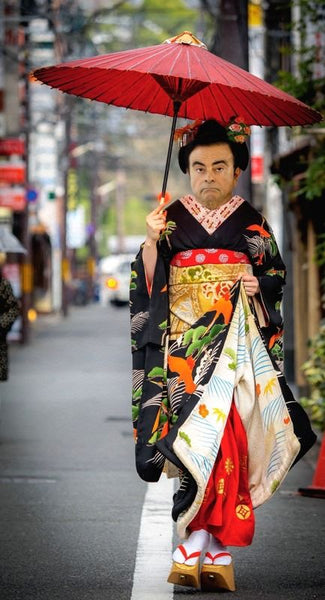 What Makes Carlos Ghosn 'Tick'?