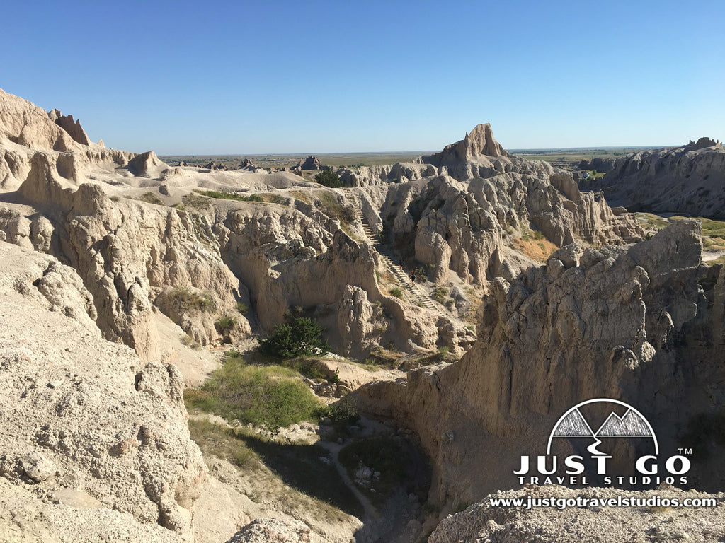Badlands National Park - Hiking the Notch Trail