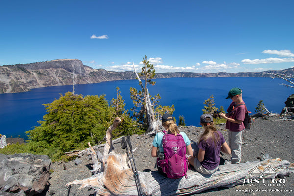 wizard island summit trail in crater lake national park