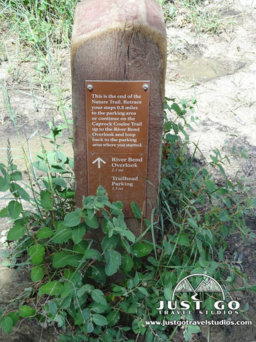 Sign to the River Bend overlook in Theodore Roosevelt National Park