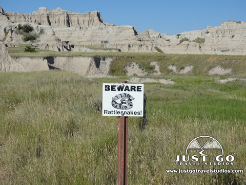 Rattlesnake sign in the Notch Trail in Badlands National Park