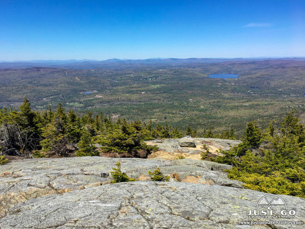 mount kearsarge trail in new hampshire
