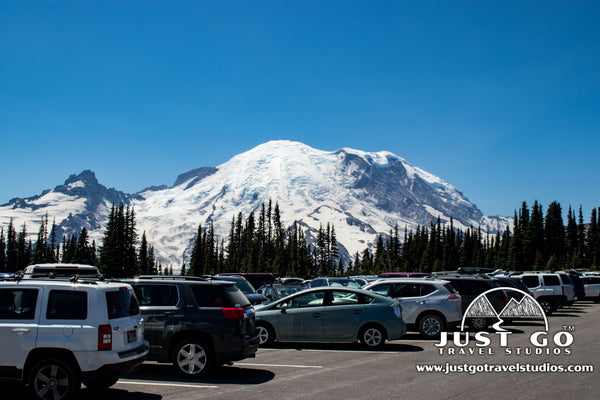 The Sunrise Area parking lot in Mount Rainier National Park