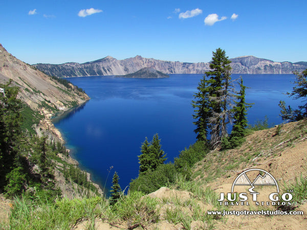 A view from the Sun Notch Trail in Crater Lake National Park