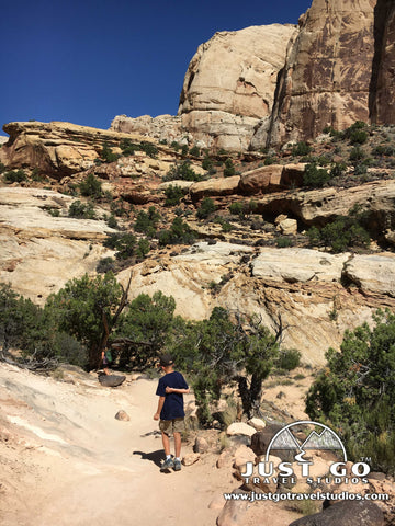 Entering the sand wash in Capitol Reef National Park