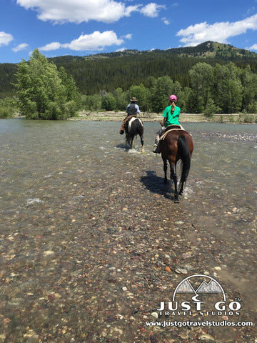 Horseback riding with Swift Creek Outfitters