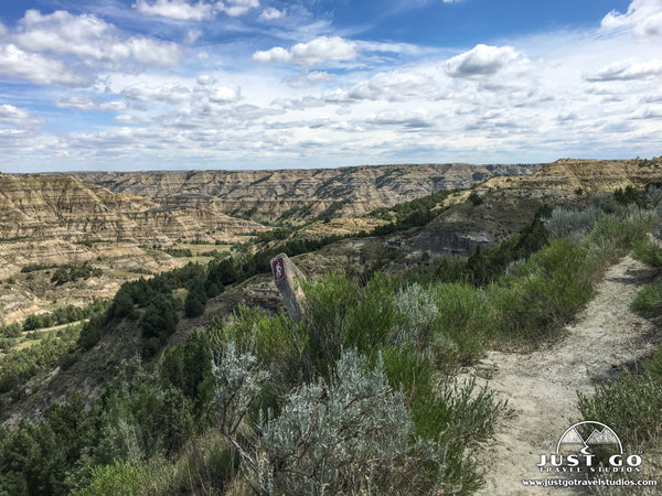Hiking in Theodore Roosevelt National Park
