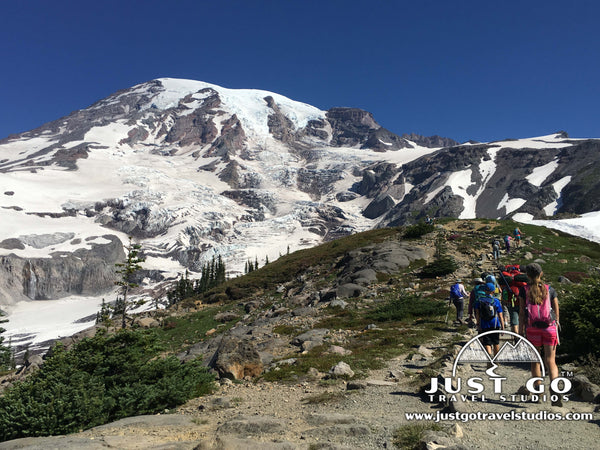 Finishing our hike in Mount Rainier near the Paradise Visitor Center