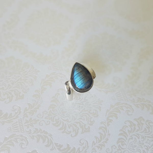 Lady of the Lake Labradorite Sterling Silver Ring - Lakota Inspirations