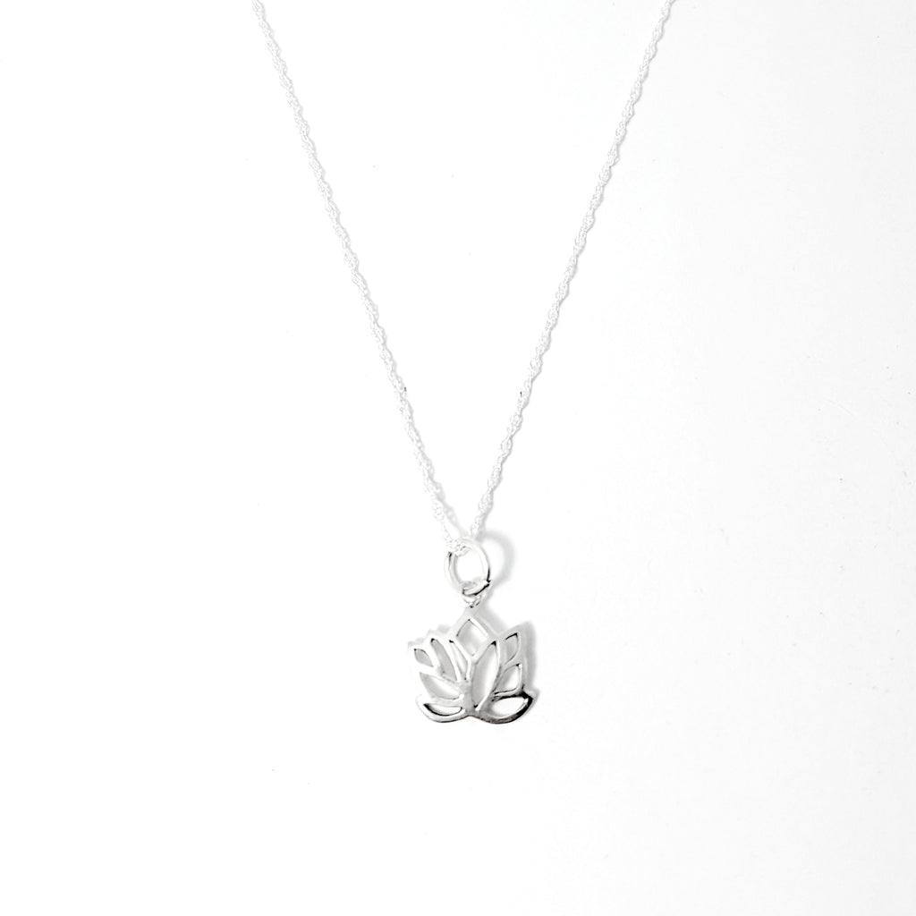 925 sterling silver lotus flower necklace lakota inspirations 925 sterling silver lotus flower necklace izmirmasajfo