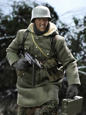Pre-order 1/6 DID D80131 WWII SS Master MG42Gun-fighter Egon Action Figure