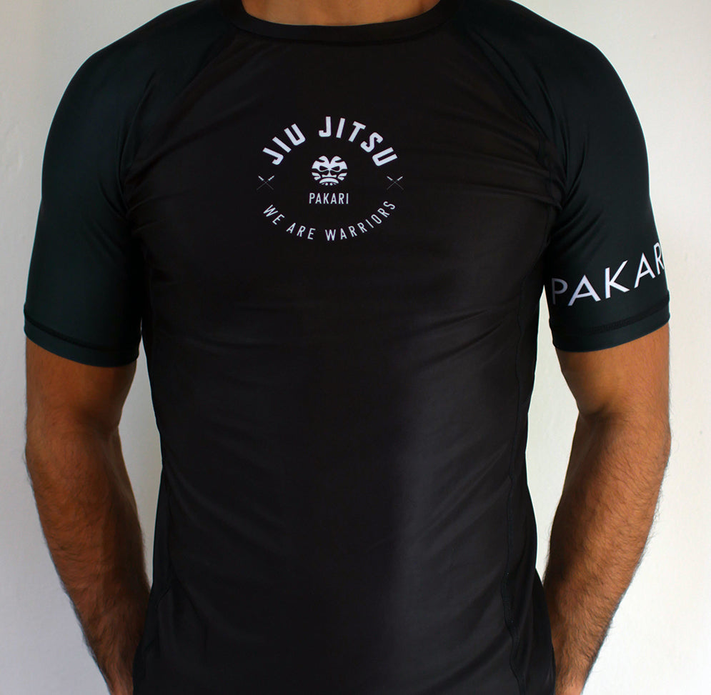 MANGUU Short Sleeve Rash Guard