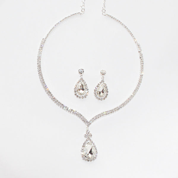Opulence Necklace and Earrings Set