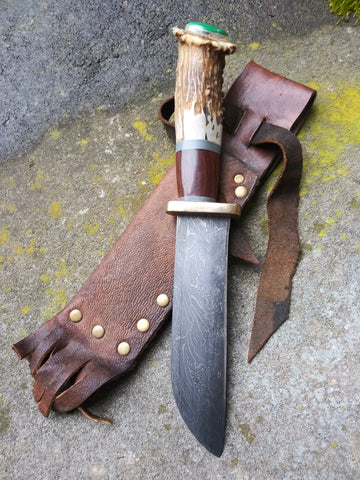 Red Troll Forge Rendezvous Wharncliffe in Hammer Forged Damascus with Antler Scales