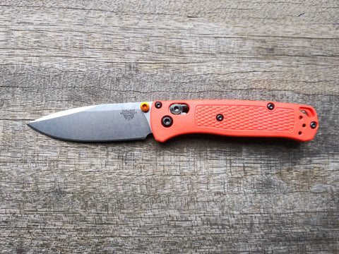 Benchmade 533 Mini-Bugout Ultralight Axis lock with Orange Grivory Scales and S30V Stainless Steel Blade