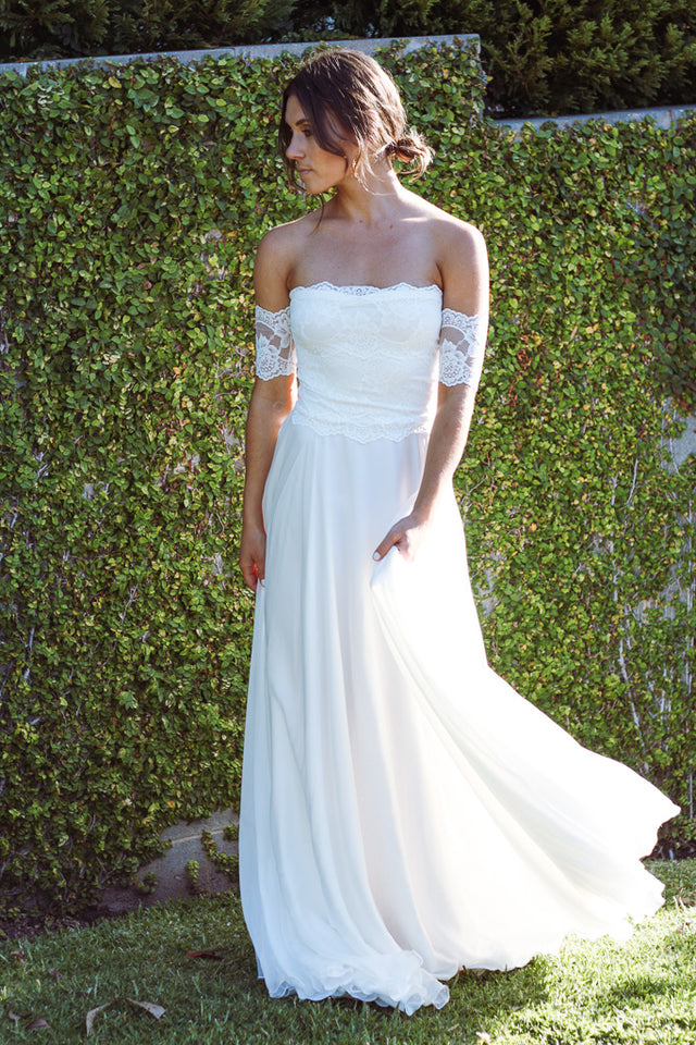 EVE Off Shoulder Eve Wedding Dress