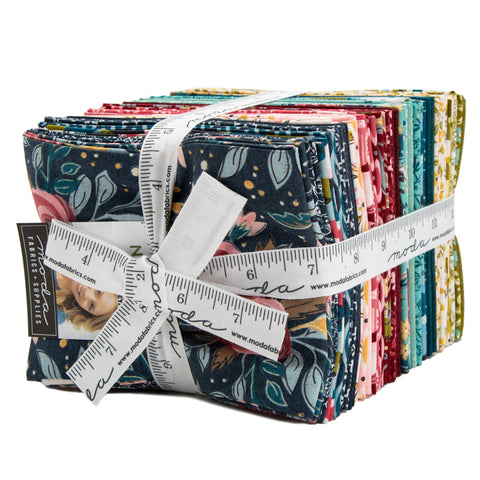 Nova Fat Quarter Bundle - Basic Grey - 30580AB