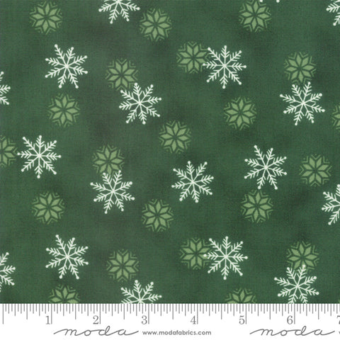 Holiday Lodge - Deb Strain - Snowfall - Evergreen - 19896-13 - Fabric is sold in 1/2 yard increments