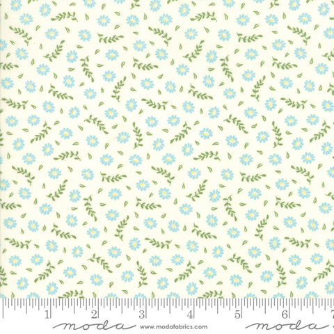 Harpers Garden - Sherri & Chelsi - Blooms - Ivory - 37574-13 - Fabric is sold in 1/2 yard increments
