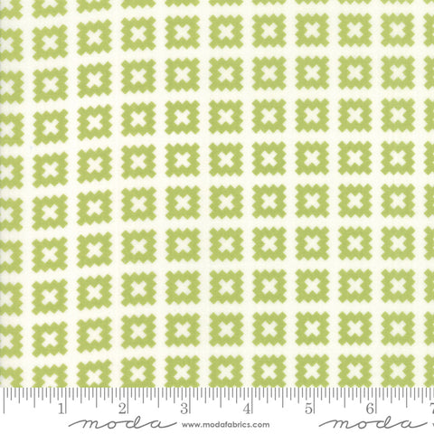 Little Snippets - Bonnie & Camille - Quilt Blocks - Light Green - 55184-14 - Fabric is sold in 1/2 yard increments